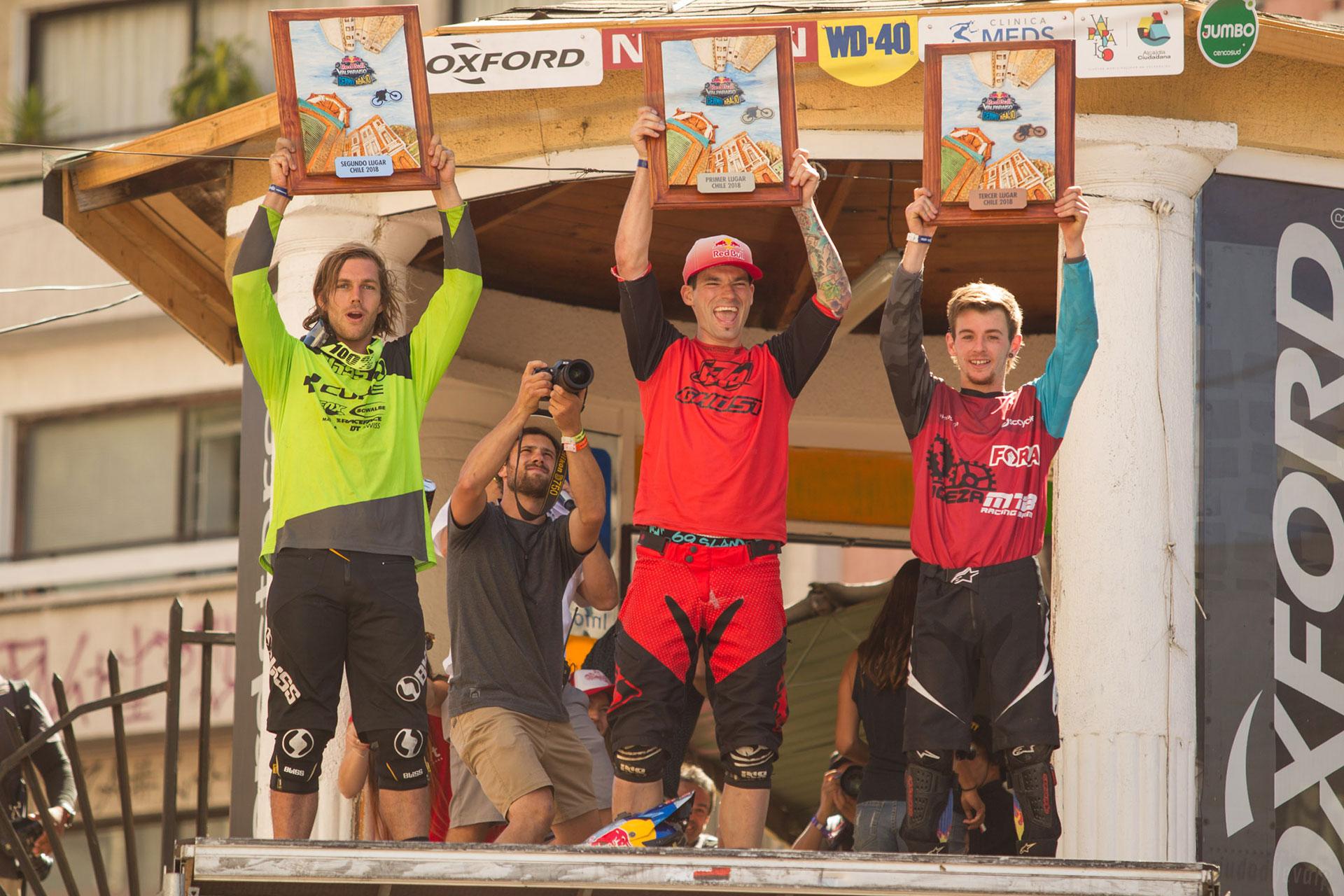 De gauche à droite : Matt Walker, Tomas Slavík, Matías Núñez. © Photo Lars Scharl