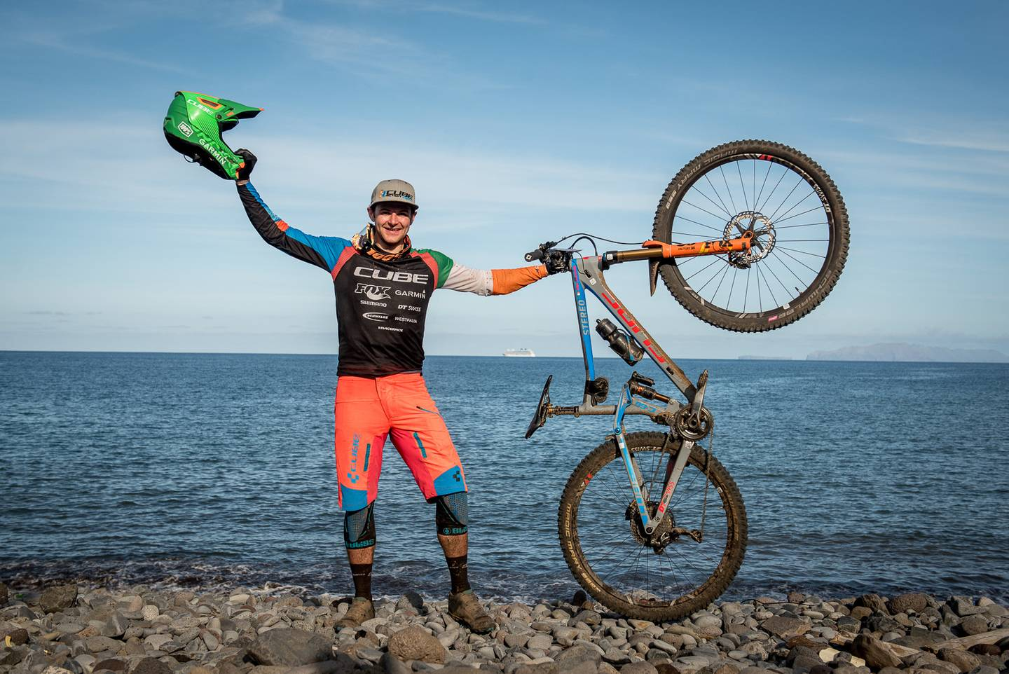 Greg Callaghan, Cube Action Team, et son Cube Stereo 160 vainqueur des Enduro World Series de Madère. © Dave Trumpore