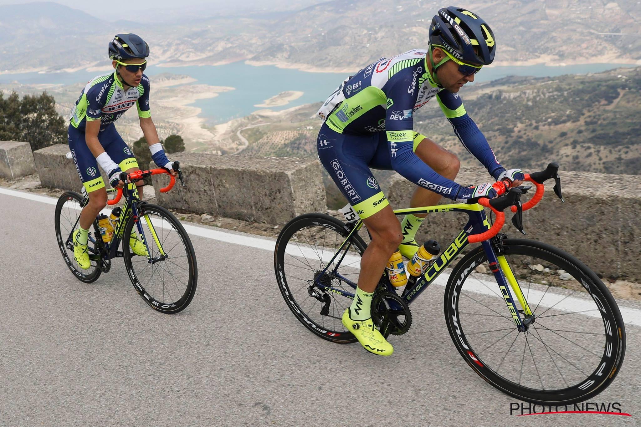 Marco Minnaard et Guillaume Martin en tête de la 3ème étape du Tour d'Andalousie. © Photo News