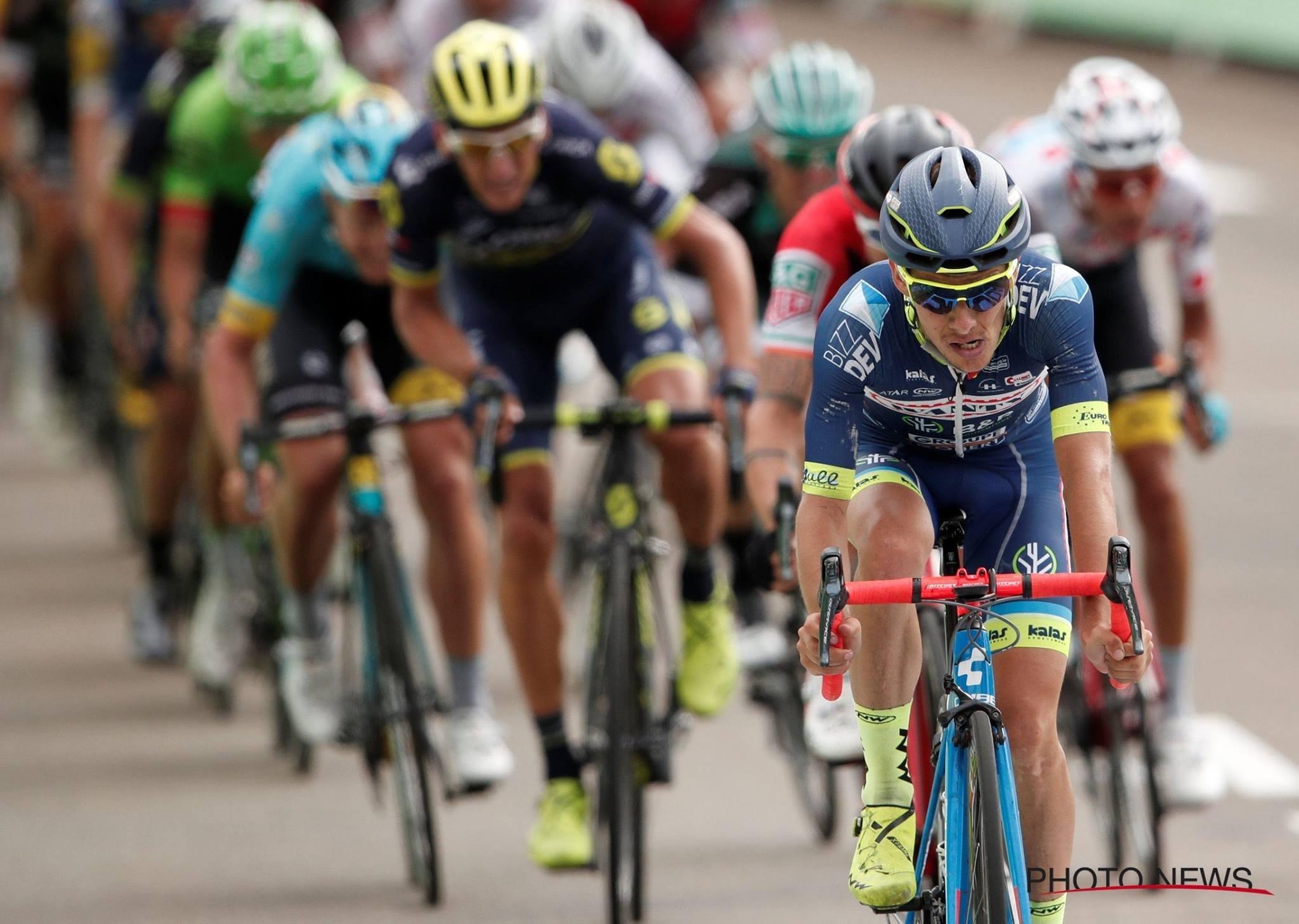 Guillaume Martin domine le peloton dans le dernier kilomètre de la 8ème étape au guidon de son Litening C:68.