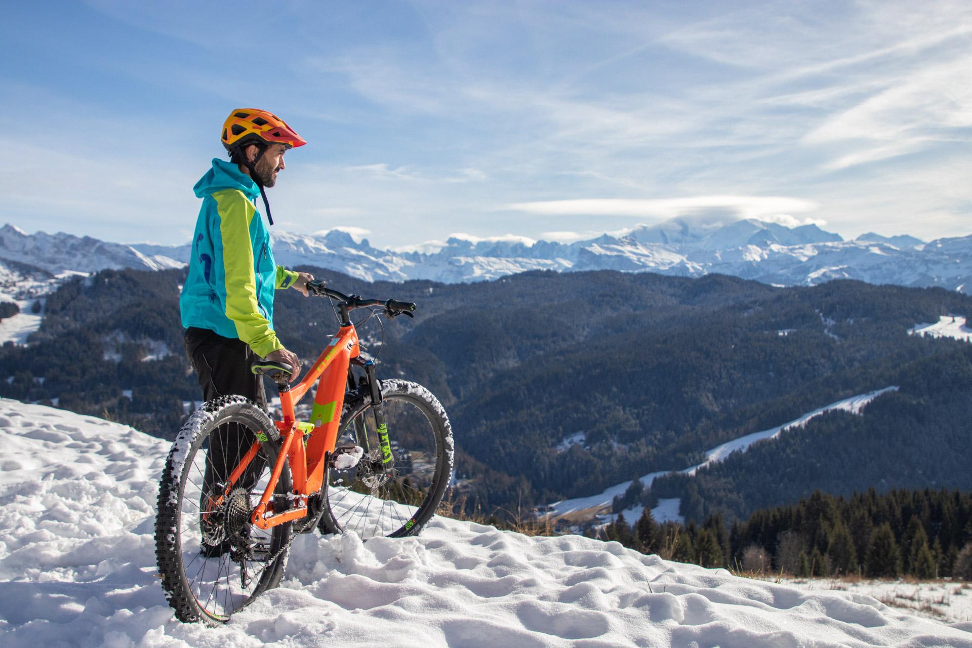 Novembre 2018 : Direction les trails enneigés et boueux des Gets pour tester les produits Kärcher en conditions réelles.