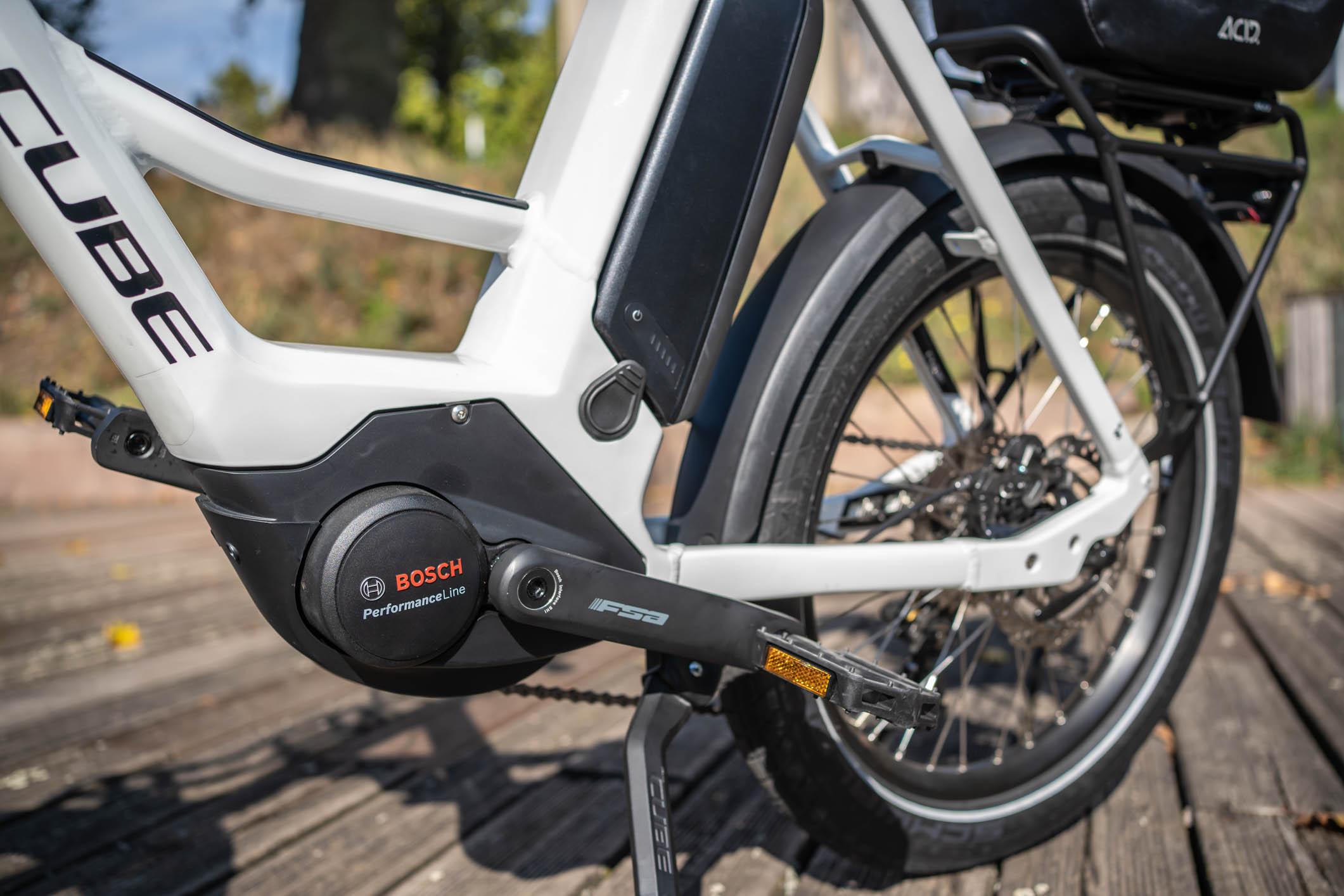 Propulsé par une motorisation Bosch Performance de 3ème génération.