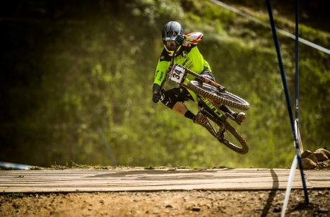 Greg Willamson conserve son titre de Champion du Royaume-Uni de Descente VTT